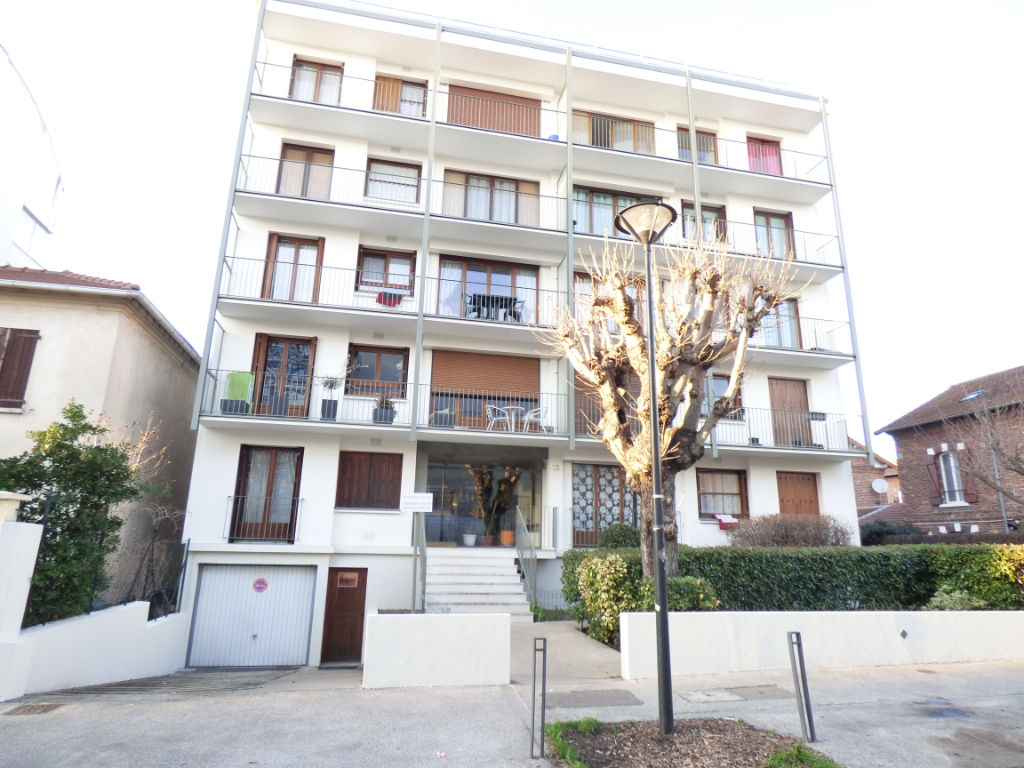 alfortville-2-pieces-48-55m2-balcon-cave-box